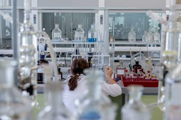 Эксперт ВОЗ оценил возможность утечки коронавируса из лаборатории