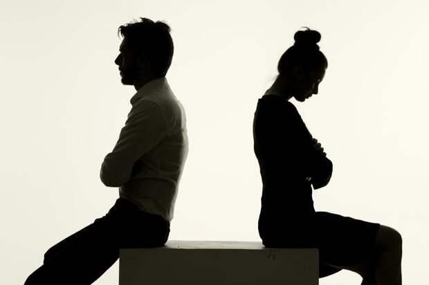 Живем с мужем как соседи — что делать?