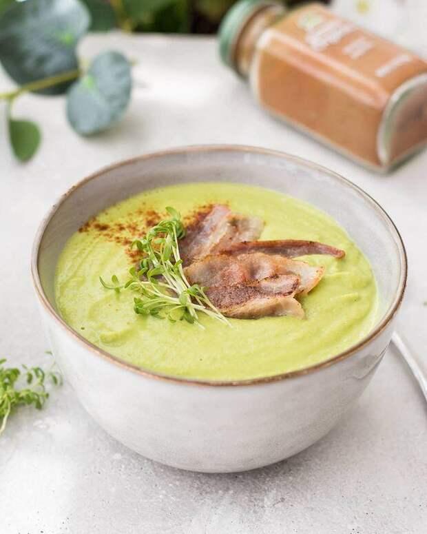 Быстрый и вкусный! Готовим гороховый суп с копченостями