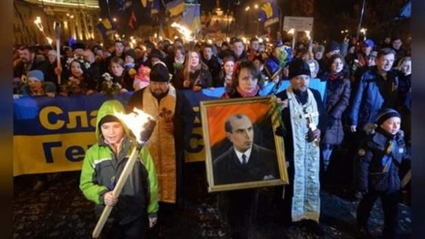"""""""Вы открываете ящик Пандоры"""": Скоро Европа будет молить Россию спасти мир от нацистской Украины"""