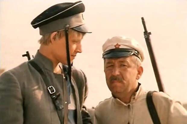 Кадр из фильма «Зелёный фургон» (1983)