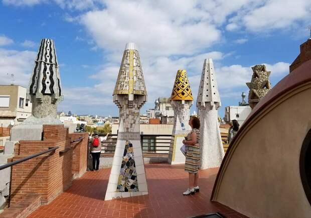 Как Антонио Гауди превратил болезнь в незабываемую архитектуру