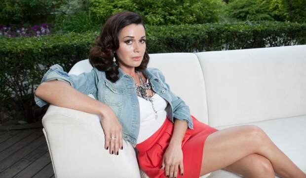 Анастасия Заворотнюк сильно изменилась из-за страшной опухоли