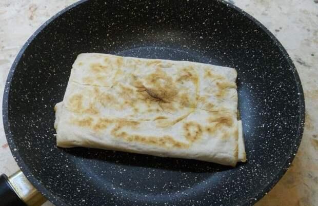 Тортилья с начинкой: быстрый и вкусный завтрак из сподручных продуктов