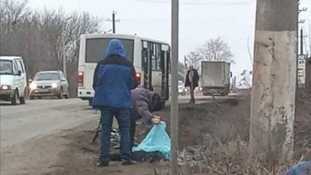 Пятиклассник на велосипеде погиб под колесами автобуса в Пермском крае