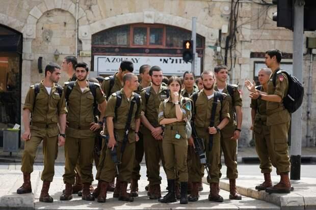 """⚡""""Очень хорошая странность"""": В Израиле теперь можно ходить без масок COVID на открытом воздухе"""