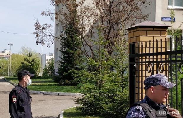 ВКазани массово эвакуируют школьников