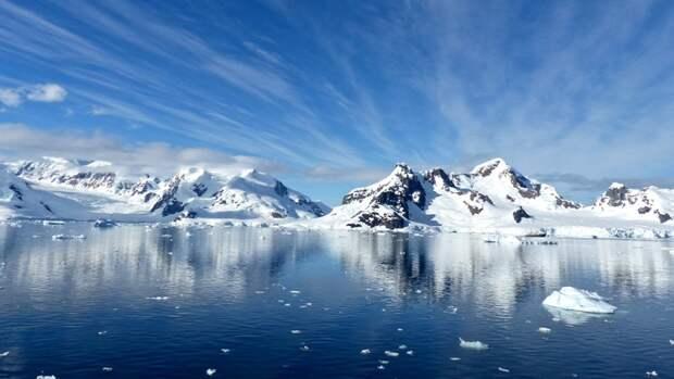 Военный эксперт рассказал о попытках США и НАТО окружить российскую Арктику