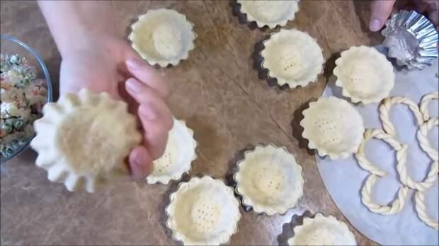Тарталетки (корзинки) для праздничного стола Тарталетки, Корзиночки, Праздничный рецепт, Вкусно, Готовка, Другая кухня, Видео рецепт, Длиннопост, Салат, Видео