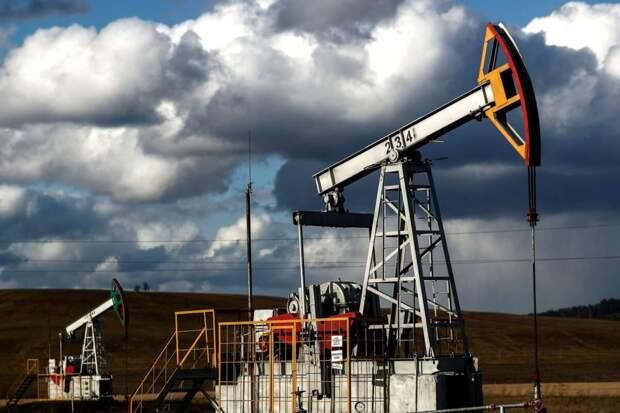 """Нефть дорожает на фоне последствий урагана """"Ида"""""""