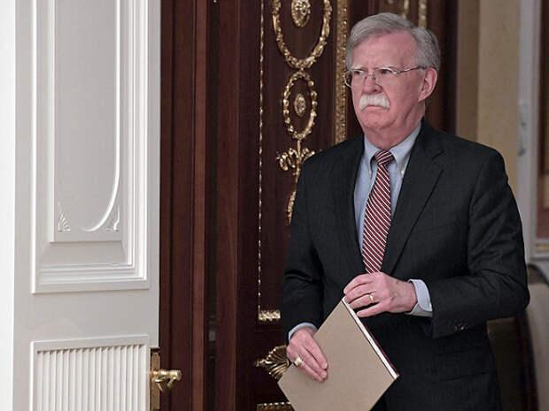 Болтон обвинил РФ в краже технологий создания гиперзвукового оружия у США