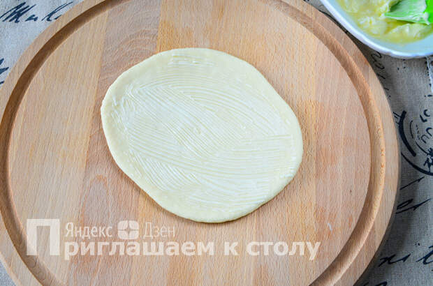 Мягкие плюшки из советских буфетов: такие сейчас в продаже не найти, но приготовить можно запросто