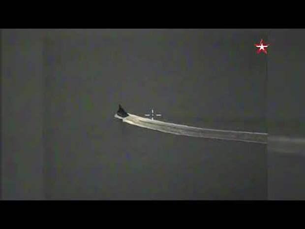 Появилось видео инцидента с нарушившим границу России британским эсминцем