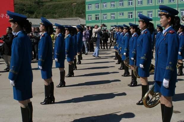 Руководство Северной Кореи пригрозило «силовым воздействием» на Сеул за отправку листовок на воздушных шарах