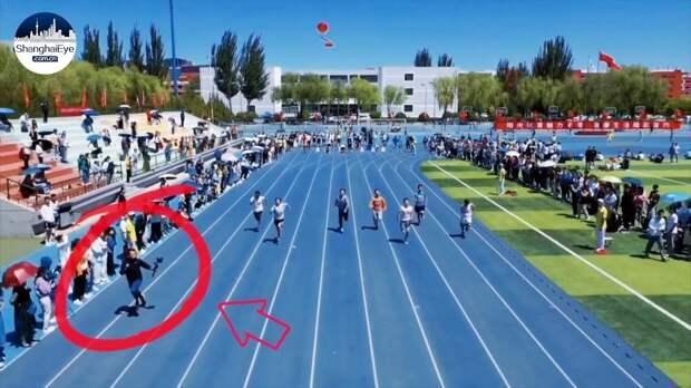 (Видео) Кинооператор обогнал спринтеров на дистанции 100 метров