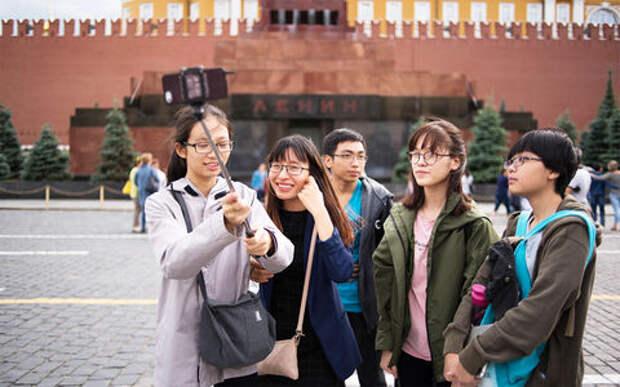 Собянин: Благоустройство московских улиц окупили туристы