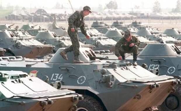 На фото: 31 августа 1994 года завершился вывод российских войск с территорий Германии, Латвии и Эстонии. 8 сентября из Германии были выведены войска союзников - Великобритании, США и Франции.