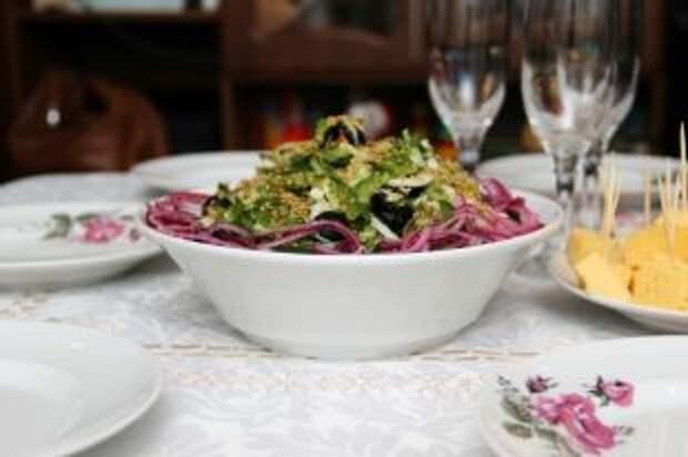 Какие салаты нельзя есть вместе?