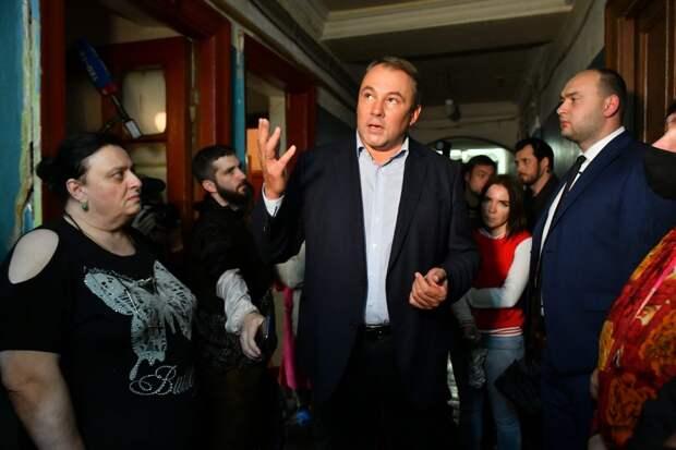 Встреча депутата с жителями в общежитии на Ставропольской, 17 / Фото: Денис Афанасьев