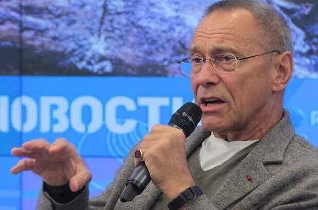 Андрей Кончаловский: Путин — мудр и не пьет; я — вообще марксист