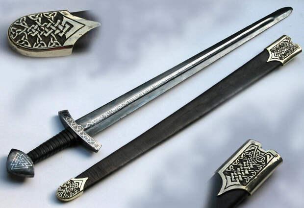 Меч: история оружия, двуручные и полуторные мечи