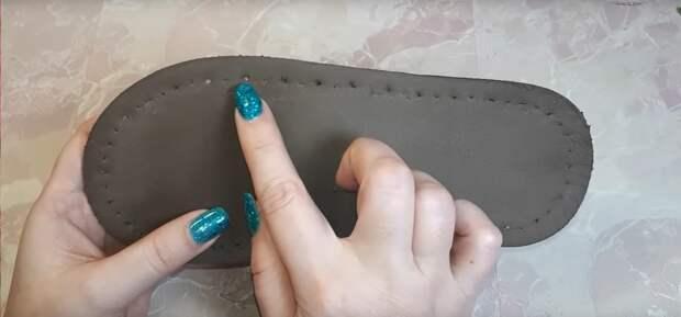 Плюшевые вязаные тапочки своими руками. Справится даже совсем новичок