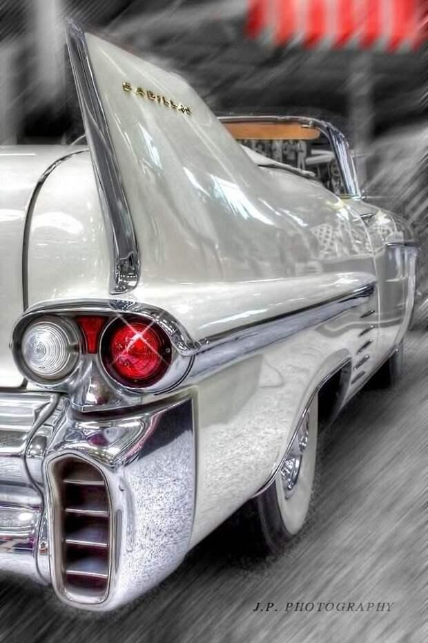 1958 Cadillac Convertible автомир, интересное, красота, плавниковый стиль, факты