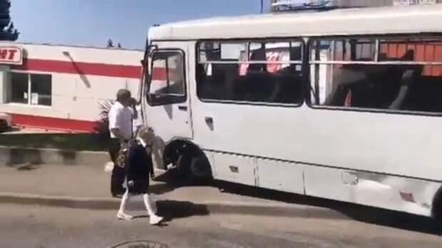 Пассажирка предотвратила страшное ДТП с автобусом