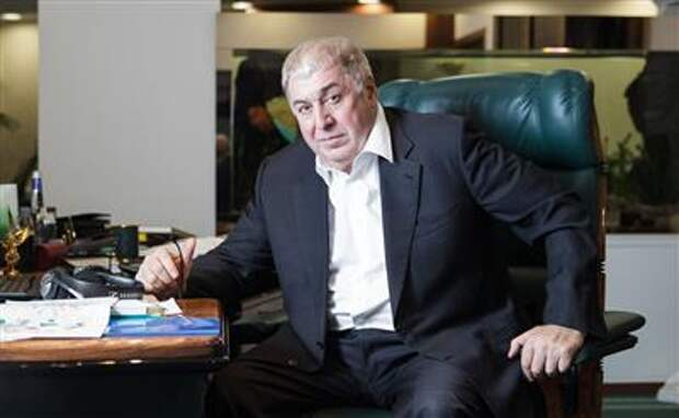 """Совет директоров """"РуссНефти"""" утвердил, что Михаил Гуцериев не имеет контроля в компании"""