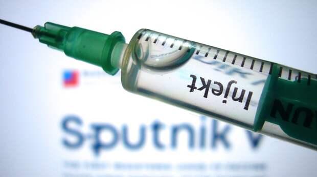 """""""Ускорить вакцинацию"""": врач Болибок рассказал, как снизить всплеск заболеваемости COVID-19"""