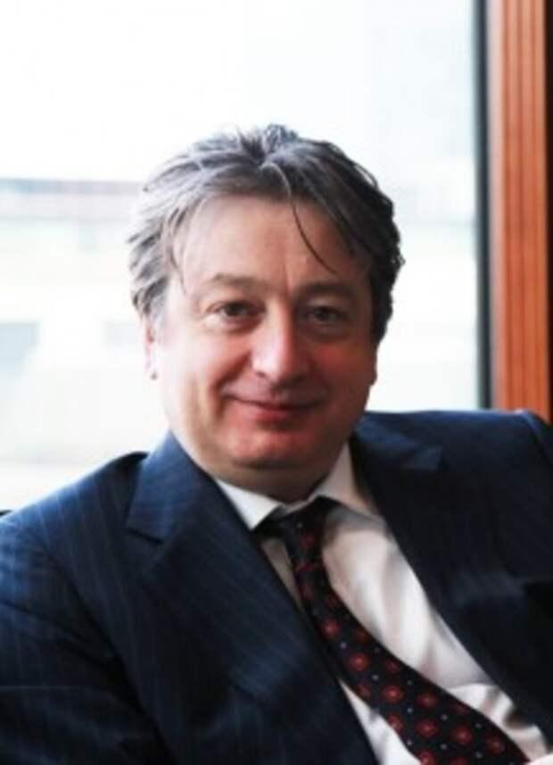 Сбежавшие в Лондон русские олигархи объявлены врагами Британии