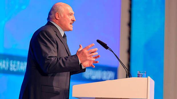 Изнасилуй меня по-домашнему: Лукашенко пообещал дать ремня
