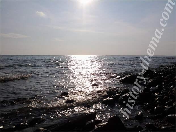 Черное море в районе Туапсе (фото автора)