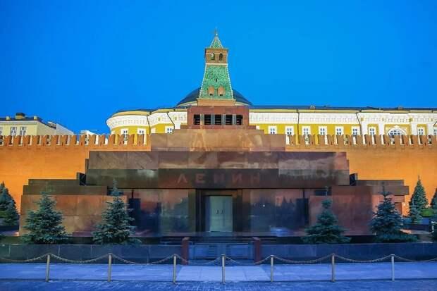 Юрий Лоза потребовал похоронить Ленина