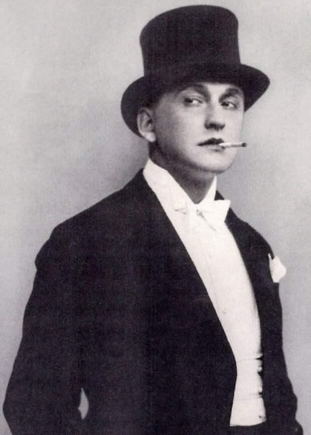 Александр Вертинский. Трагический и великий певец богемы, долгое возвращение домой.