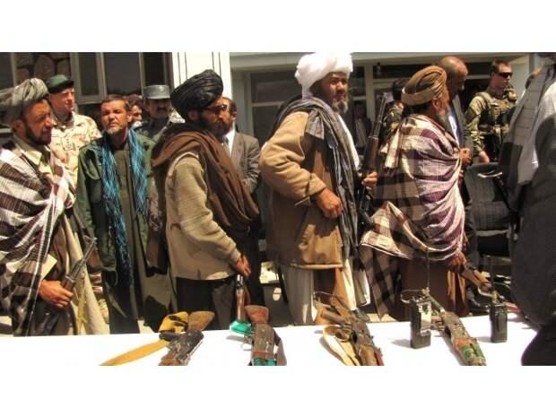 «Скрытая угроза»: что делать с женами и детьми исламских боевиков?