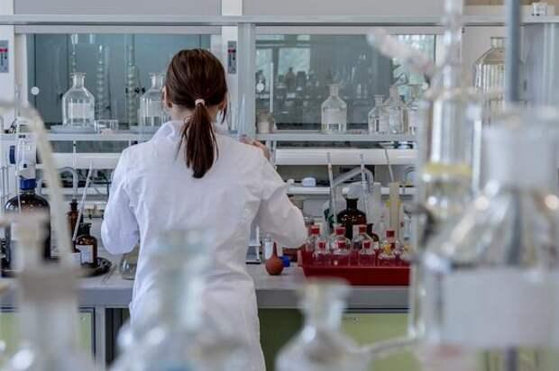 Оперштаб: В России за сутки выявлено менее девяти тысяч новых случаев заражения коронавирусом