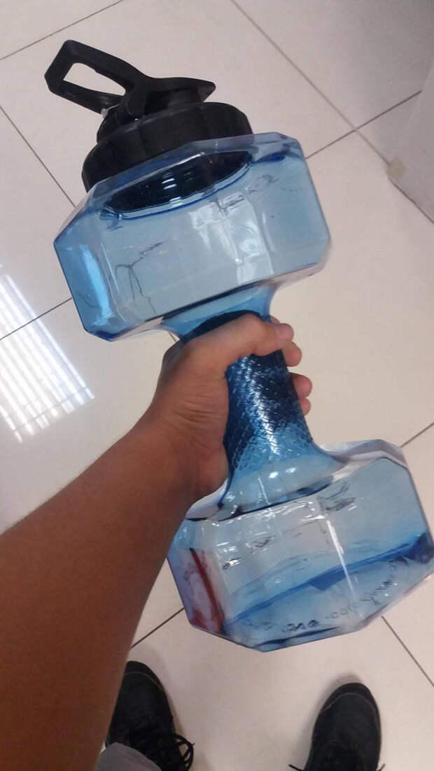 Гантеля для тренажерного зала с водой
