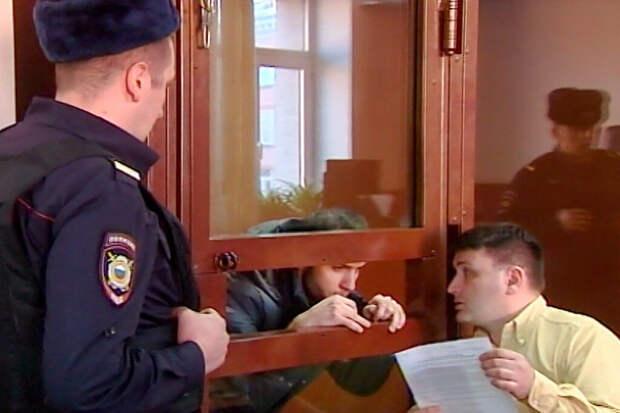 Блогер проведёт более двух лет в колонии за «приступ COVID-19» в метро Москвы