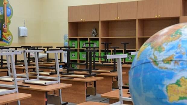 Минпросвещения РФ не планирует досрочное завершение учебного года в школах