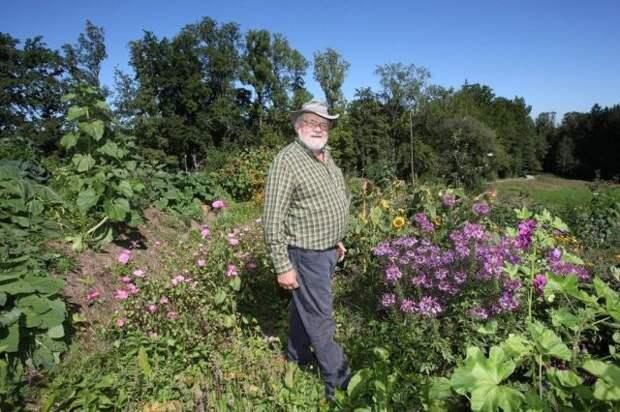 Автор идеи кратерного сада — Зепп Хольцер