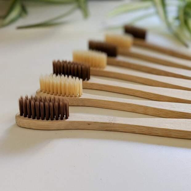 Если вы делаете эти 6 ошибок, значит, ваша зубная щетка — самая грязная вещь в вашей ванной