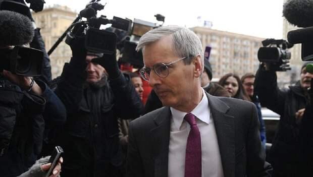 Британский посол описал Россию тремя словами