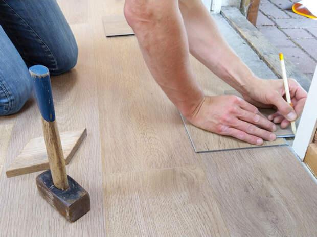 Замену пола в квартире предложили согласовывать с жилищной инспекцией