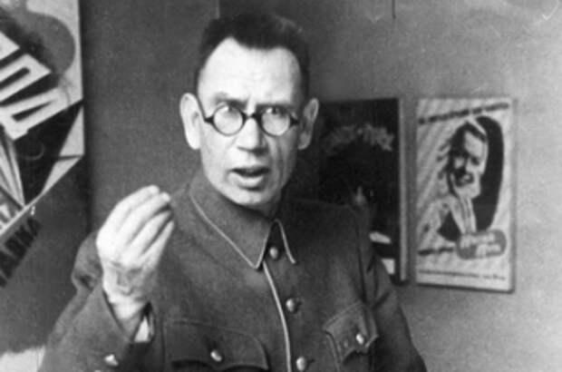 """Большая ложь. Кто и как сделал генерала Власова """"освободителем Праги"""""""