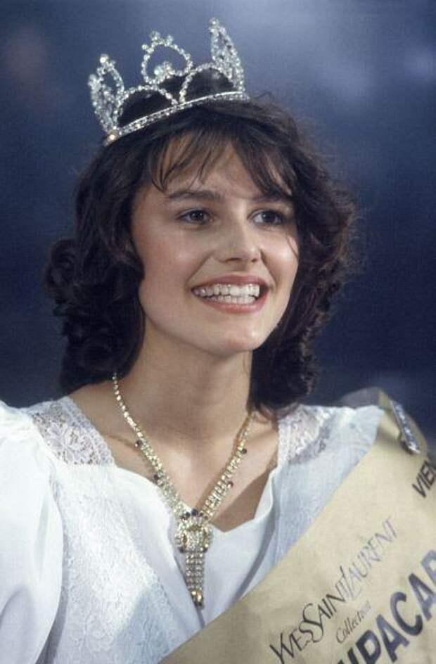 13 фотографий первого конкурса красоты «Московская красавица — 88»