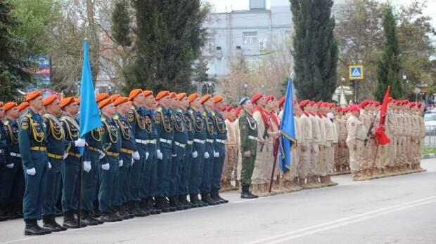 В городе-герое Керчи состоялся Парад Победы