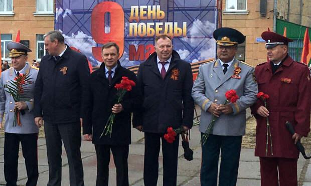 Сенатор Виктор Новожилов принял участие вторжественных мероприятиях, посвящённых Дню Победы