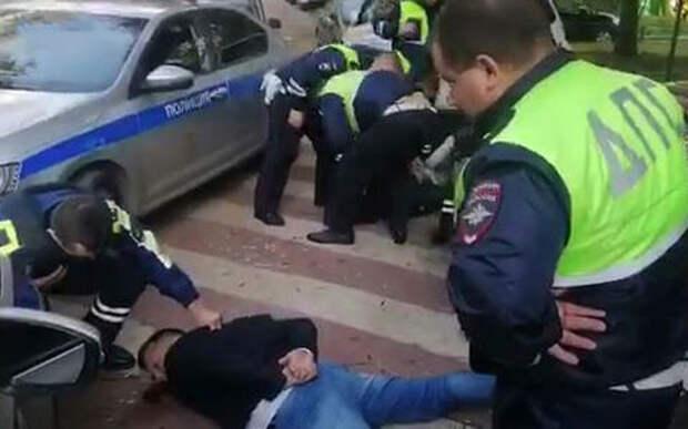 Инспекторы ГИБДД штурмом взяли BMW сына топ-менеджера МТС