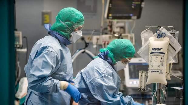 В Петербурге зафиксировали максимальный за два месяца прирост коронавирусных больных